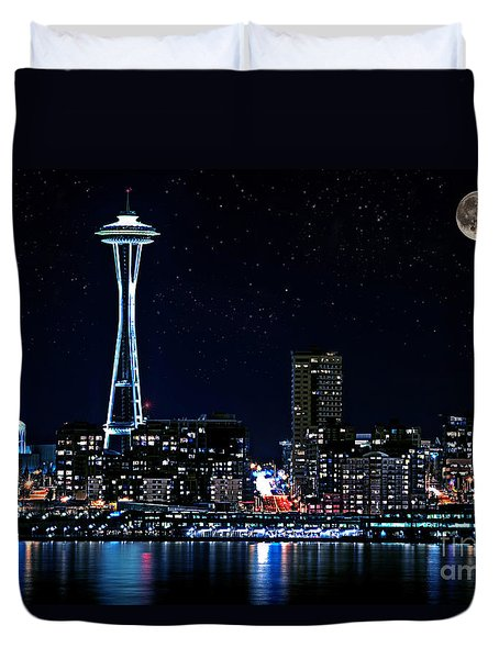 Seattle Skyline At Night With Full Moon Duvet Cover