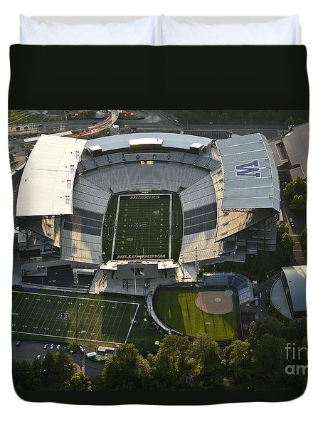 Seattle With Aerial View Of The Newly Renovated Husky Stadium Duvet Cover