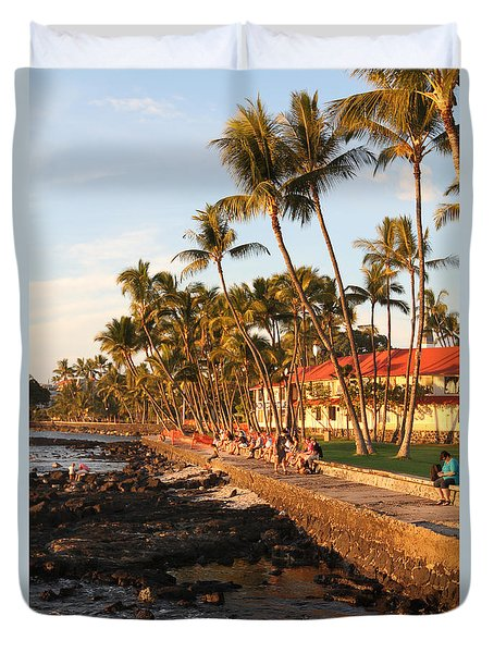 Seawall At Sunset Duvet Cover