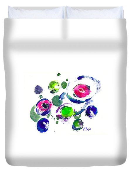 Duvet Cover featuring the painting Seeing Through Circles by Frank Bright