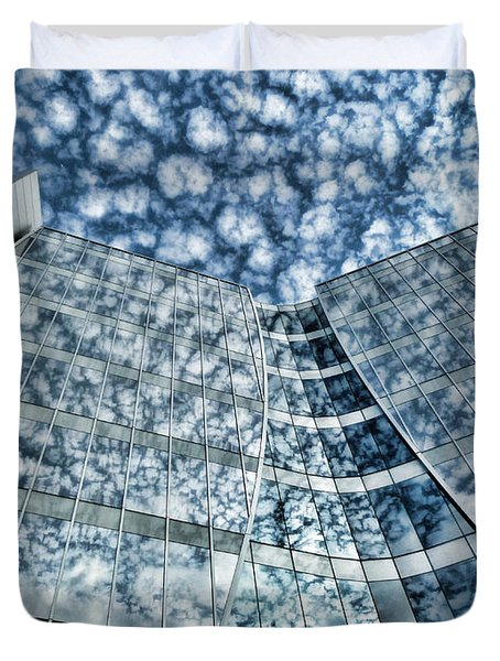 Duvet Cover featuring the photograph Seidman Cancer Center - Cleveland Ohio - 1 by Mark Madere