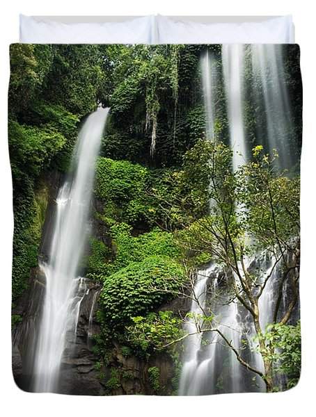 Sekumpul Waterfall Duvet Cover