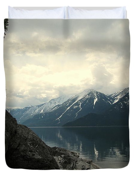 Selkirks In The Spring Duvet Cover by Leone Lund
