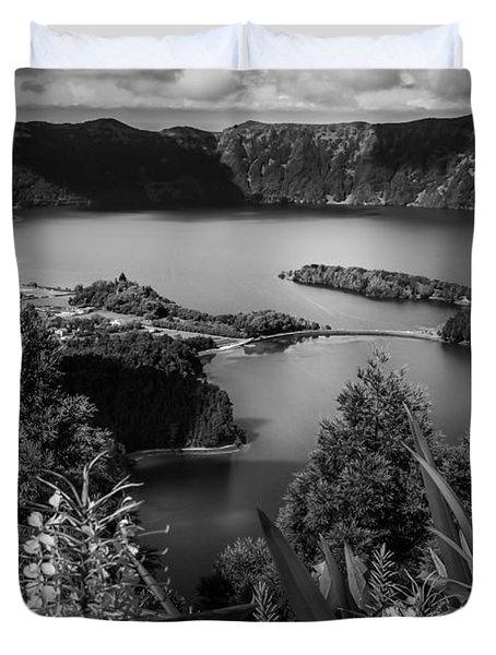 Sete Cidades Lake Duvet Cover