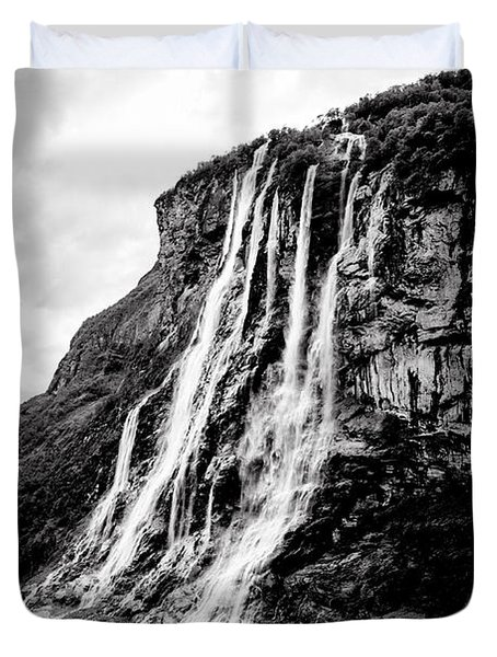 Seven Sisters Waterfall Duvet Cover by Bill Howard