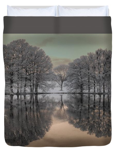 Shaw Nature Reserve Duvet Cover by Jane Linders