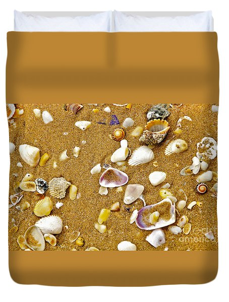 Shells In The Sand Duvet Cover by Kaye Menner