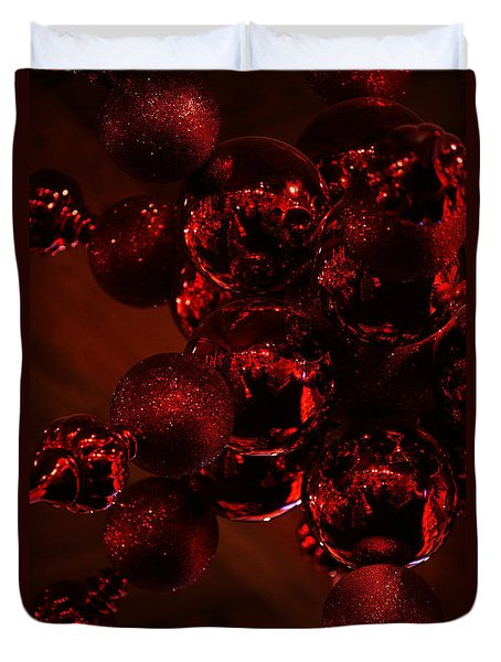 Duvet Cover featuring the photograph Shimmer In Red by Linda Shafer
