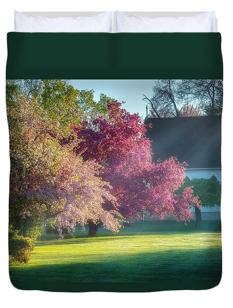 Shine The Light On Me Duvet Cover by Bill Wakeley