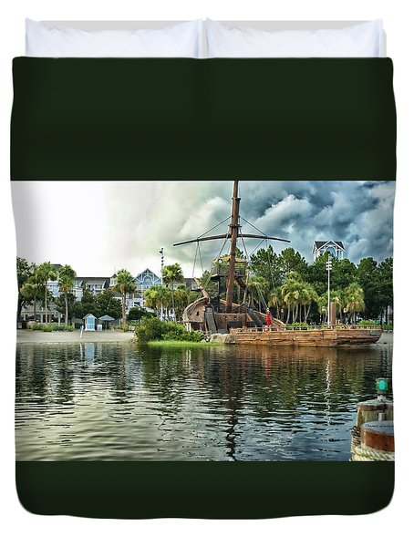 Ship Wrecked At The Disney Yacht And Beach Club Resort Duvet Cover by Thomas Woolworth