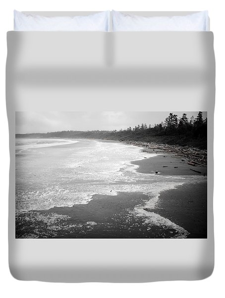 Winter At Wickaninnish Beach Duvet Cover by Roxy Hurtubise