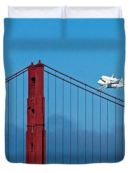 Duvet Cover featuring the photograph Shuttle Endeavour At The Golden Gate by Kate Brown