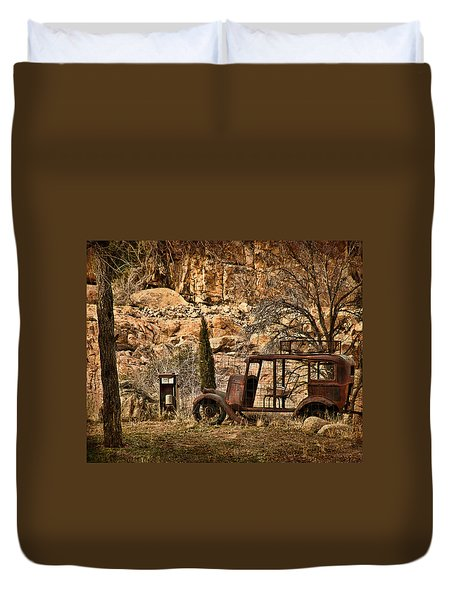 Shuttle Transport Duvet Cover by Priscilla Burgers