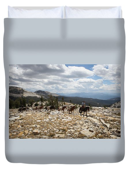 Sierra Trail Duvet Cover