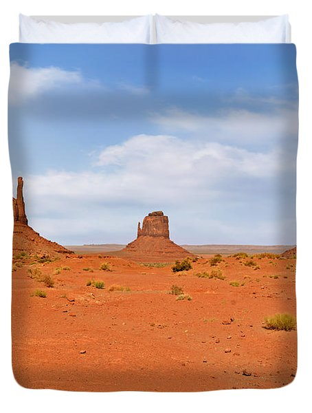 Signatures Of Monument Valley Duvet Cover by Christine Till