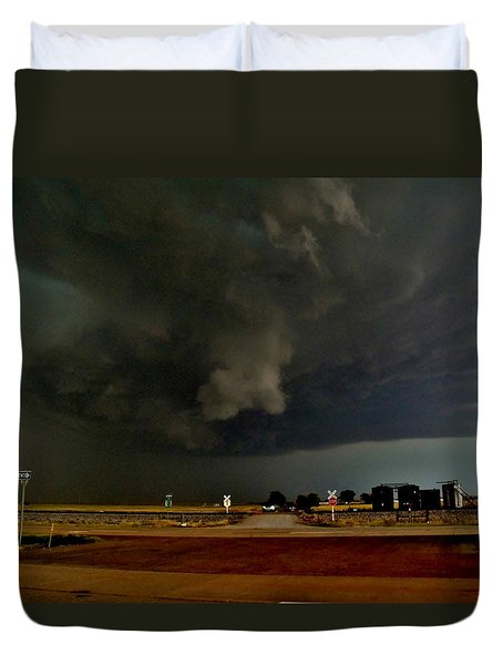 Duvet Cover featuring the photograph Signs Of A Supercell by Ed Sweeney