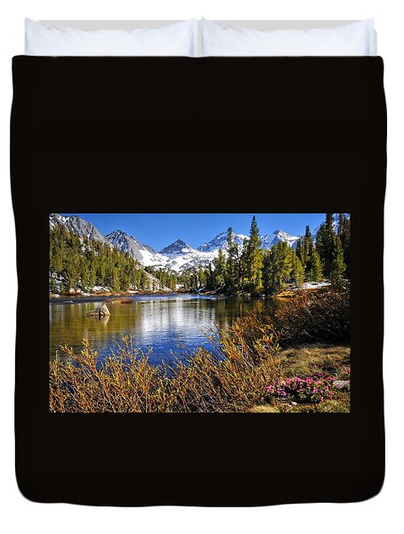 Duvet Cover featuring the photograph Signs Of Spring by Lynn Bauer