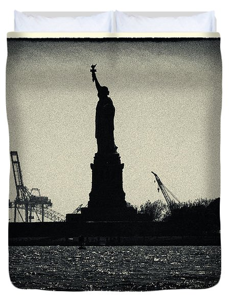 Silhouette Of Miss Liberty Duvet Cover by Sabine Jacobs
