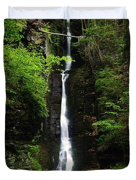 Duvet Cover featuring the photograph Silverthread Falls by Debra Fedchin