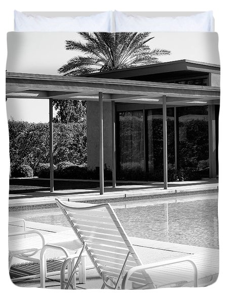 Sinatra Pool Bw Palm Springs Duvet Cover