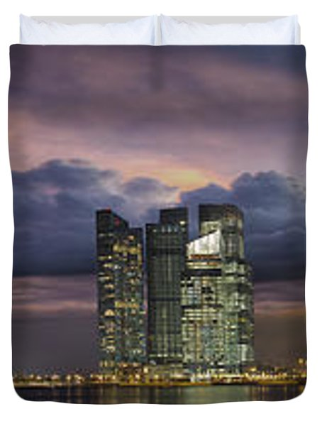 Singapore City Skyline At Sunset Panorama Duvet Cover