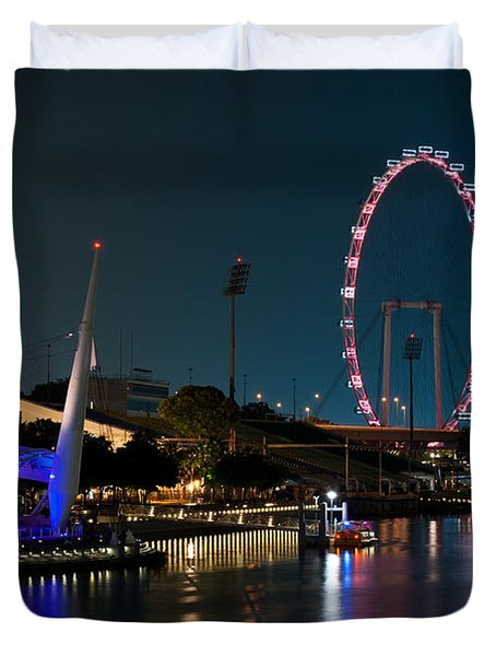 Singapore Flyer At Night Duvet Cover by Rick Piper Photography