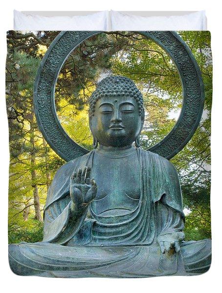 Sitting Bronze Buddha At San Francisco Japanese Garden Duvet Cover by David Gn
