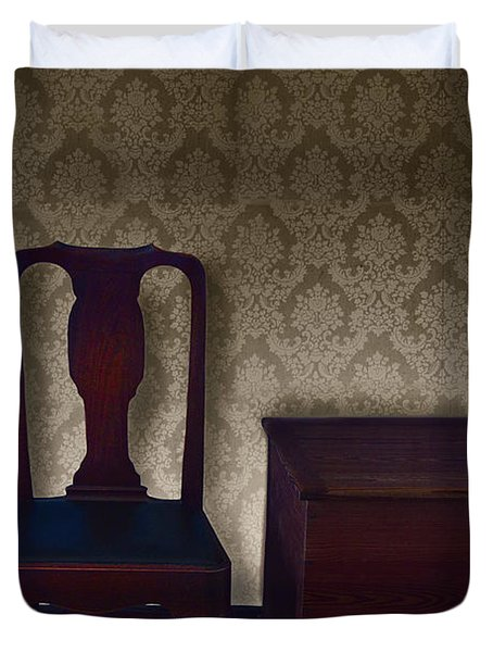 Sitting Room At Dusk Duvet Cover by Margie Hurwich