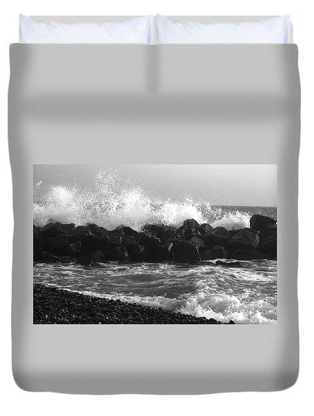Duvet Cover featuring the photograph Skagen Waves by Randi Grace Nilsberg