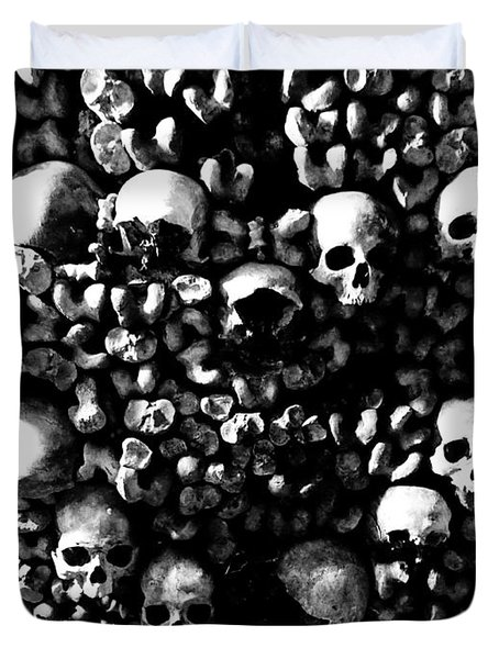 Skulls And Bones In The Catacombs Of Paris France Duvet Cover