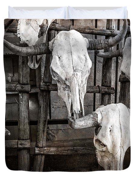 Skulls Of New Mexico Duvet Cover