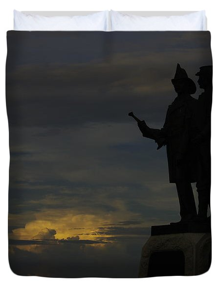 Sky Fire - 73rd Ny Infantry 4th Excelsior 2nd Fire Zouaves - Summer Evening Thunderstorms Gettysburg Duvet Cover