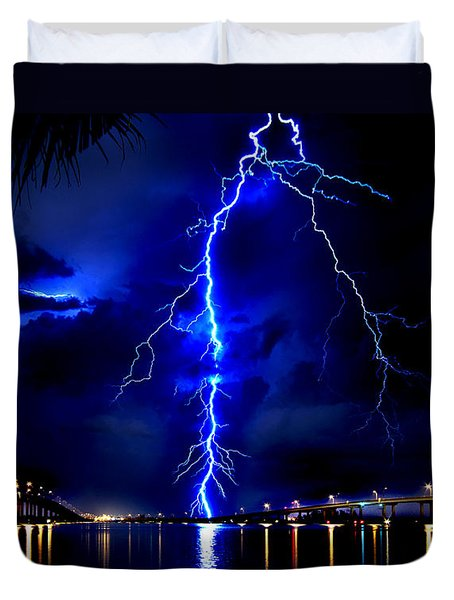 Sky Streaking Duvet Cover by Doug Heslep
