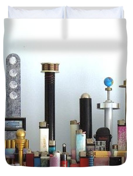 Skyline Sculpture Duvet Cover by Ron Davidson