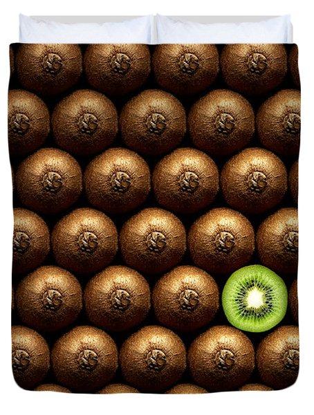 Sliced Kiwi Between Group Duvet Cover