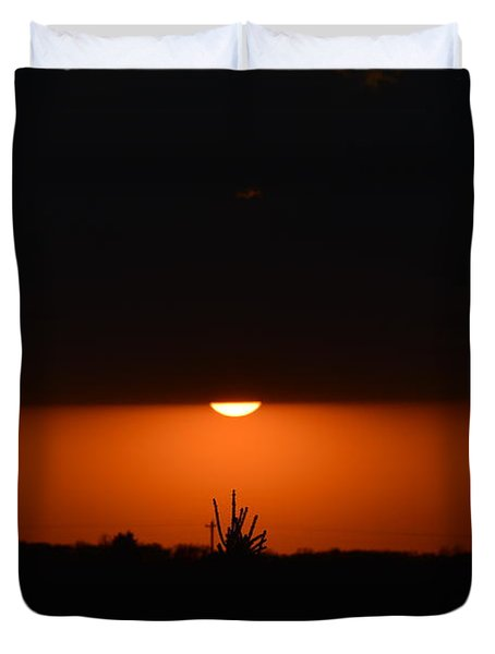 Sliver Of A Sunset Duvet Cover by Dacia Doroff