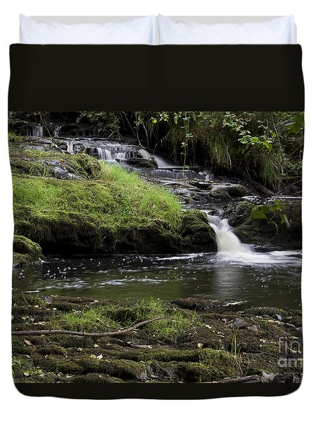 Small Falls On West Beaver Creek Duvet Cover