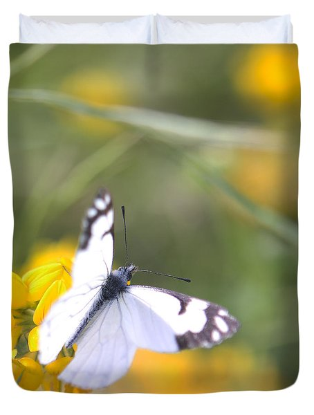 Small White Butterfly On Yellow Flower Duvet Cover by Belinda Greb