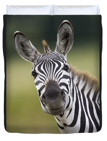 Duvet Cover featuring the photograph Smiling Burchells Zebra by Suzi Eszterhas