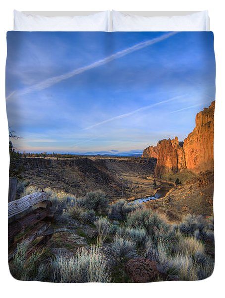 Smith Rock At Sunrise Duvet Cover by Everet Regal