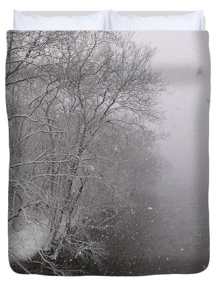 Snow At Bulls Island - 12 Duvet Cover