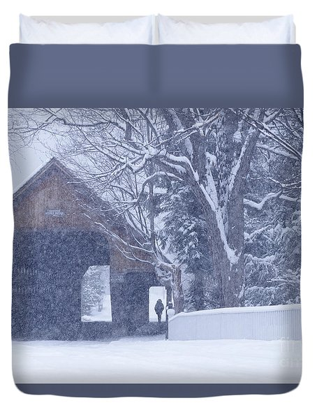 Duvet Cover featuring the photograph Snow Day by Alan L Graham