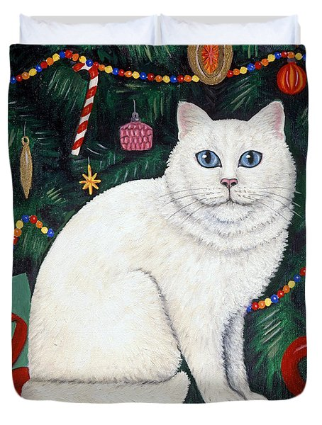Snow Flake The Cat Duvet Cover by Linda Mears