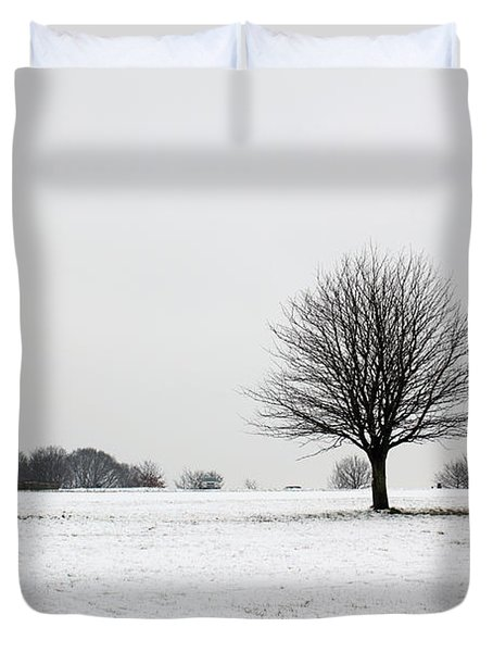 Snow On Epsom Downs Surrey England Uk Duvet Cover