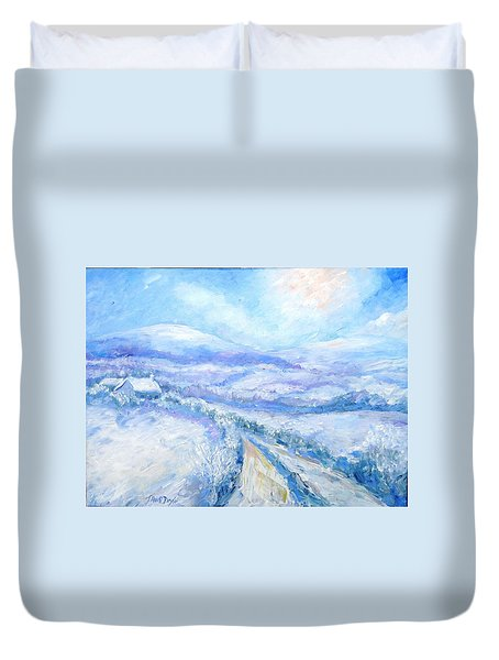 Snowfall On The Laneway  Duvet Cover by Trudi Doyle