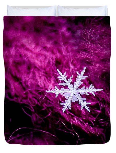 Snowflake On Magenta Duvet Cover