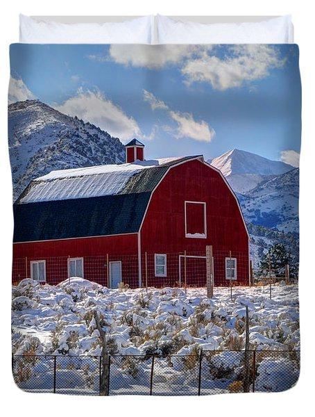 Snowy Barn In The Mountains - Utah Duvet Cover