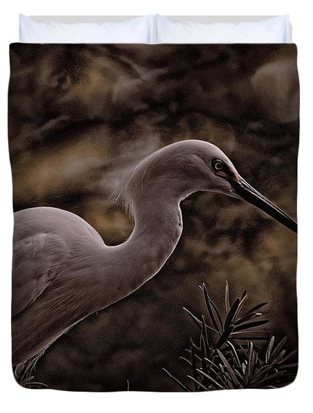 Duvet Cover featuring the photograph Snowy Egret 002 by Travis Burgess