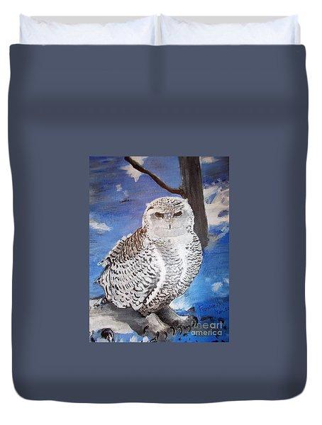 Snowy Owl . Duvet Cover by Francine Heykoop