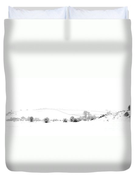 Duvet Cover featuring the photograph Snowy Panorama by Liz Leyden